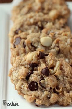 Pint Sized Baker: Macadamia Nut Chocolate Chip Cookies with Coconut Pinned +7000 times