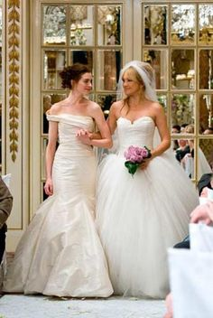 Bride Wars wedding dresses vera wang Bride Wars - Publicity still of Anne Hathaway & Kate Hudson Movie Wedding Dresses, Wedding Movies, Celebrity Wedding Dresses, Wedding Scene, Wedding Dress Shopping, Celebrity Weddings, Wedding Gowns, Dream Wedding, Kate Hudson
