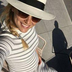❗ NEW ❗ | Pregnant Bar Refaeli  while vacationing in #Barcelona, #Spain | #beauty #barrefaeli #fashion #topmodel