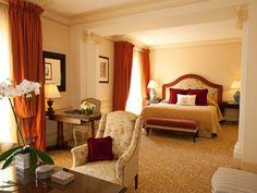 Hotel Metropole Junior Suite    http://www.bonvivant.co.uk/blog/2012/07/13/monte-carlo-monaco-destination-guide/
