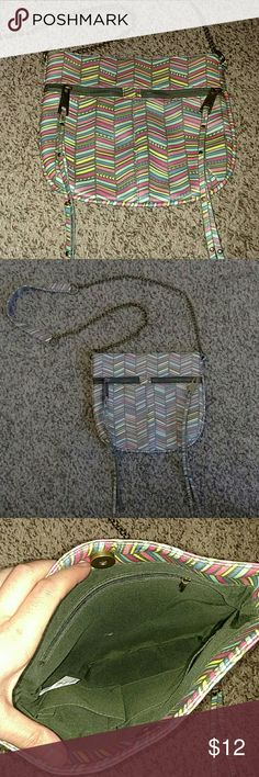 Chevron Boho Purse Brand new, perfect condition, never used Boho Chevron Purse (no tag, received as gift). Pinks, yellows, blues. Brushed (so not overly shiny) gold chain, zippers. Two zipper pockets on front. Small magnetic clasp for purse. Two pockets and additional zipping picket on inside. Inside is gray. Very cute and great quality. Bags Shoulder Bags