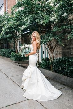 Nashville Wedding Photographer Laura K. Allen | Wedding at The Bridge Building…