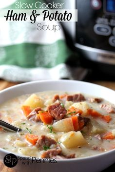 Easy Ham & Potato Crockpot Soup - Pinner said: One of my very best friends made this delicious soup for me for lunch the other day! It was a chilly day and this warmed me from the inside out! I can't wait to make it for my own kiddos! Crock Pot Potatoes, Crock Pot Soup, Crock Pot Slow Cooker, Crock Pot Cooking, Slow Cooker Recipes, Soup Recipes, Cooking Recipes, Crockpot Ideas, Slow Cooker Potato Soup