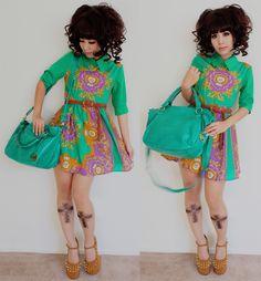 http://blog.dolldelight.com/2012/12/wardrobe-ii.html