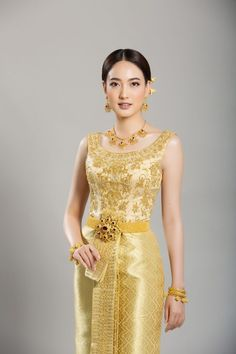 Traditional Thai wedding dresses that will make you stand out • Above Diamond®