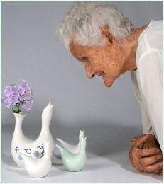 Eva Zeisel amazing inspirational designer at age 105.