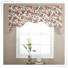 Ellis Curtain Country Rose Lined Empress Valance