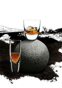 American Bar pro konzumaci Whisky po americku - s ledem a sodou Bourbon Glasses, Scotch Whiskey, Holiday Gifts, Wine Glass, Alcoholic Drinks, Bar, Tableware, Tumbler, Cocktail