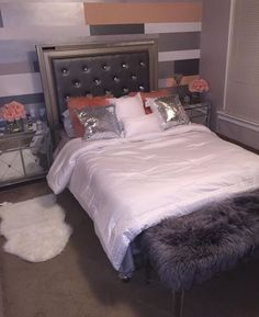 Teen Girl Bedrooms cozy idea - The whip smart cool styling examples. Stored in teen girl bedrooms small space , pinned on this perfect moment 20190504 Room Ideas Bedroom, Home Bedroom, Girls Bedroom, Bedroom Decor, Bedrooms, Bedroom Inspo, Dream Rooms, My New Room, House Rooms