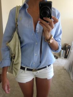 Must remember this combo, for that jean jacket in my closet I never wear. White shorts! White pants, perfect.  www.misspool.com