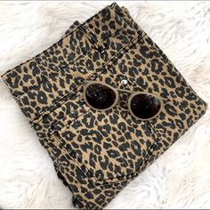 Gianni bini leopard print jeans Everyone needs a little leopard print in their wardrobe! These are the perfect pair of jeans to add character to any outfit! Gianni Bini Jeans Ankle & Cropped