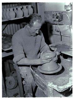 Daniel (Danny) Steenstra working at potter's wheel, making a vase