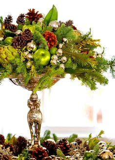 Lovely pine & silver table centerpiece ToniKami Ðℯck Ʈհe HÅĿĿs Christmas decor