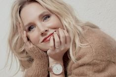 hello hollywood Kristen Bell, Hollywood, Fashion, Moda, Fashion Styles, Fashion Illustrations
