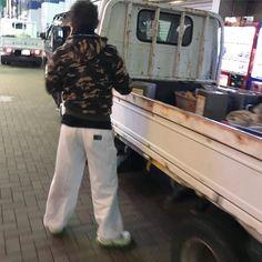 #建設#建築 #工事 #現場 #職人 #作業服 #作業著 #ワークウェア #作業服 #constructionworker #workwear #uniform #スーツ #ホワイトシャツ #サラリーマン #リーマン #ビジネスマン #suit #bulge #whiteshirt #businessman  #denim #bulge #jeans #whitetshirt #デニム #ジーンズ