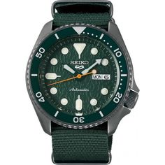 These Seiko 5 Sports Divers Are Replacing the Rumored to be Discontinued SKX - Chronometer Check Seiko 5 Sports Automatic, Automatic Watches For Men, Seiko Skx, Seiko Watches, Casio Edifice, Rolex, Modern Watches, Vintage Watches, Smartwatch