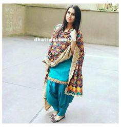 Patiala Suit Designs, Salwar Designs, Kurta Designs Women, Kurti Designs Party Wear, Dress Indian Style, Indian Fashion Dresses, Indian Outfits, Fashion Outfits, Patiala Dress
