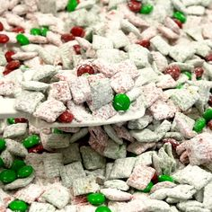 Christmas Puppy Chow Recipe Looking for an easy dessert? This quick and easy Christmas Puppy Chow Recipe will be a hit! The red and green puppy chow chex is so festive. You will love Chex Mix Muddy Buddies for the perfect Christmas Dessert recipe! Puppy Chow Crispix Recipe, Puppy Chow Recipes, Chex Mix Recipes, Recipe Puppy, Snacks Recipes, Dessert Recipes, Crockpot Recipes, Soup Recipes, Christmas Desserts Easy