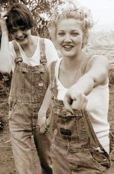 with friend Justine in an outtake from Sky magazine - July 1994  follow The Drewseum for more Drew Barrymore photos!
