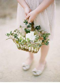 27 Cutest Flower Girl Baskets And Their Alternatives - Everything - Blumen & Pflanzen Vintage Flower Girls, Vintage Flowers, Floral Wedding, Wedding Bouquets, Wedding Flowers, Flowergirl Flowers, Wedding Dresses, Turtleneck Wedding Dress, Sophisticated Wedding