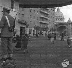 Esecuzione capitale a roma con la ghigliottina innalzata for Arredamento via gregorio vii roma