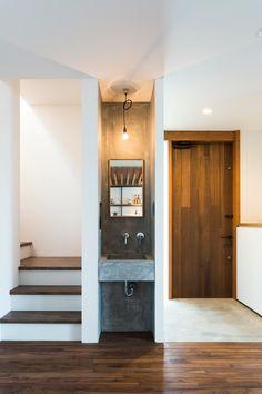 lavandino nell'ingresso / Tukurito Architects
