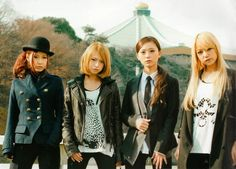 SCANDAL's 4th album: Queens are trumpsTracklist!  1. Queens are trumps  2. Taiyou Scandalous (太陽スキャンダラス; Scandalous Sun)  3. Pin Heel Surfer (ピンヒールサーファー)  4. Rock'n Roll  5. Bitter Chocolate (ビターチョコレート)  6. Kill the virgin  7. Koe (声)  8. Rising Star  9. Bright  10. Welcome home  11. HARUKAZE  12. Right Here