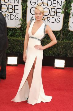 Margot Robbie in a Gucci One of a Kind silk crepe at the 71st Annual Golden Globes- All around Gorgeous!