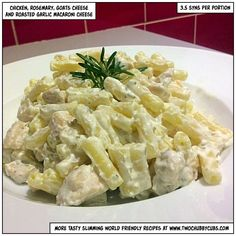 This low syn supper takes no time at all to make and combines just a few ingredients. The rosemary and goat cheese macaroni cheese is different and tasty! Macaroni Cheese Recipes, Pasta Recipes, Chicken Recipes, Recipe Chicken, Slimming World Dinners, Slimming World Recipes, Healthy Eating Recipes, Diet Recipes, Cooking Recipes