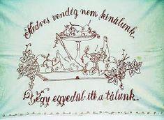 TÖRTÉNELMI KALEIDOSZKÓP...: FALVÉDŐK A KONYHÁBÓL / Többi képért katt a posztra ! Embroidery Neck Designs, Wall Carpet, Hungary, Budapest, Cross Stitch Embroidery, The Past, Culture, Cool Stuff, How To Make