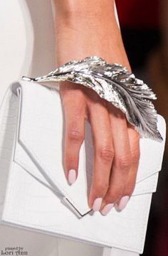 RosamariaGFrangini   AllThingsWhite   Clutch   Ralph Russo Couture Spring 2016