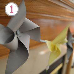 Love the pinwheel garland, also had some great cheap spring mantle decorations.
