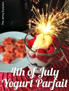 4th of July Food: Yogurt Parfaits