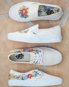 Desert Floral: The @vanssurf Slip-On SF and Tazie SF in Desert Floral White. #vansgirls
