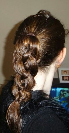 Special braided ponytail