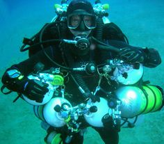 Tech diving is heavy work Scuba Diving Equipment, Scuba Diving Gear, Sea Diving, Cave Diving, Technical Diving, Deep Sea Diver, Koh Tao, Snorkeling, Surfing