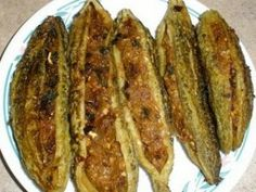 Qeema Bhare Karele Or Stuffed Karelas recipe. Qeema bhare Karele or stuffed karelas recipe is sure to entice all. The bitter taste of karela get masked with the smart choice of spices, mince meat and other ingredients and the dish is typically enjoyed with rotis. Posted by SumeraNawed.
