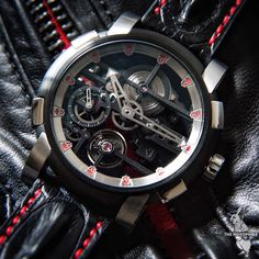 Skulls in a skeleton! A vanitas theme for this edition of the RJ Romain Jerome Skylab.