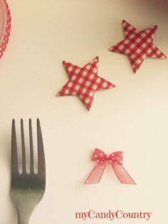 Come fare dei piccoli fiocchi di nastro in meno di un minuto con l'aiuto di una semplice forchetta Idea creativa fai-da-te.  #forchette #fiocchi #nastro #tutorial #diy #mycandycountry  Seguimi su: www.mycandycountry.it