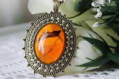Vintage Antique Amber Pendant Necklace on Etsy, $10.99