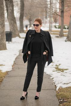 All black outfit. Easy morning outfit solution