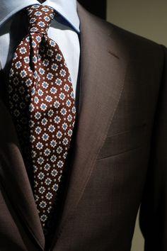 hoyerluxuryman: Canali light brown suit for summer. Drake's London tie. http://www.tumblr.com/blog/hoyerluxuryman