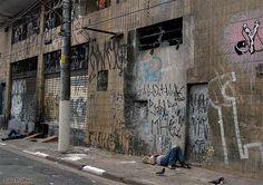 Moradores de rua das proximidades do Mercado Público de São Paulo (2010)
