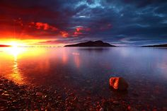 the Firth of Clyde in western Scotland by photographer James Appleton