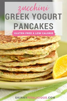 Greek Yogurt Pancakes are packed with protein, whole grains and fiber. -Zucchini Greek Yogurt Pancakes are packed with protein, whole grains and fiber. Healthy Low Calorie Meals, Low Calorie Desserts, Healthy Meal Prep, Low Calorie Recipes, Healthy Cooking, Healthy Eating, Greek Yogurt Pancakes, Greek Yogurt Recipes, Gluten Free Snacks
