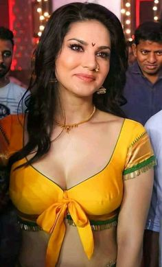 Bollywood Actress Hot Photos, Indian Actress Hot Pics, Indian Bollywood Actress, Bollywood Girls, Beautiful Bollywood Actress, Beautiful Girl Body, Beautiful Girl Indian, Most Beautiful Indian Actress, Beautiful Girl Image
