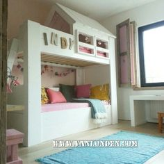 Hoogslaper bed / huisjesbed van steigerhout ... Vintage wit gebeitst ...