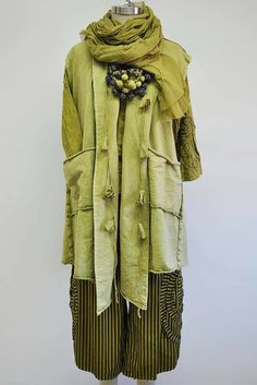 Hippie Chic, Boho Chic, Eclectic Style, Country Kitchen, Get Dressed, Wearable Art, Fashion Inspiration, Curvy, Kimono