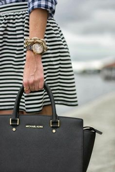 Dont hesitate any more, just trust these best Michaelkors bags and get them home now!