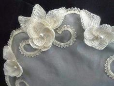 Needle Lace, Needle And Thread, Point Lace, Ribbon Work, Diy Flowers, Needlepoint, Hand Embroidery, Needlework, Diy And Crafts